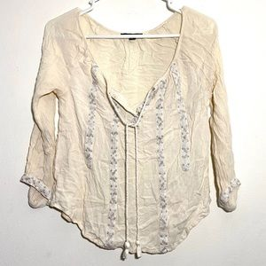American Eagle BOHO Flowy Embroidered Top